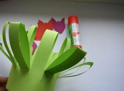 Kwiaty dla mamy – zajęcia manualne