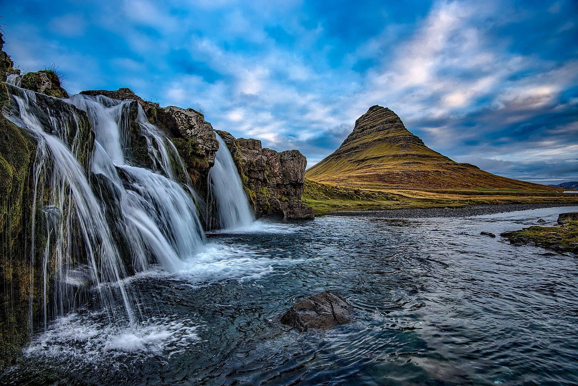 Podróż nawyspę mówiących kamieni – spotkanie podróżnicze oIslandii